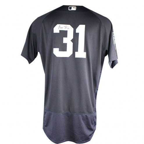 New York Yankees Aaron Hicks Signed 2018 Spring Training Game Used #31 Home BP Top (2/26/18)