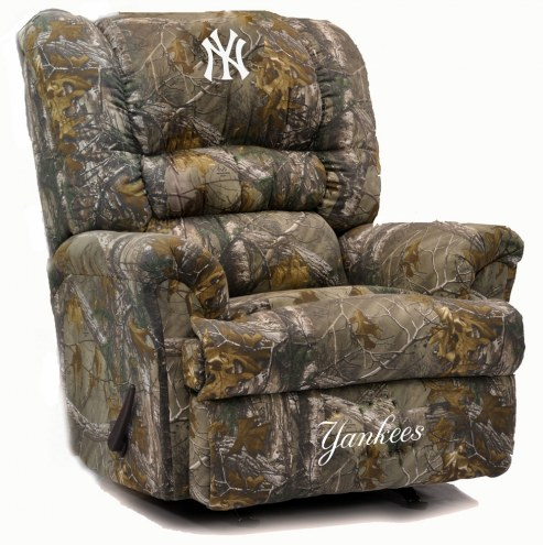 New York Yankees Big Daddy Camo Recliner