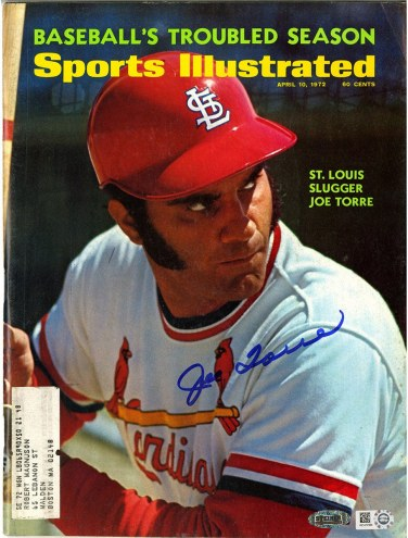 New York Yankees Joe Torre Signed Sports Illustrated Magazine 4/10/1972