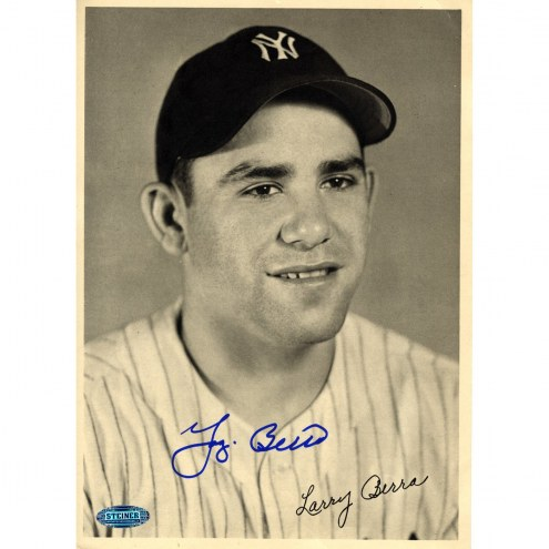 New York Yankees Larry Yogi Berra Signed 9 x 6 B&W Portrait