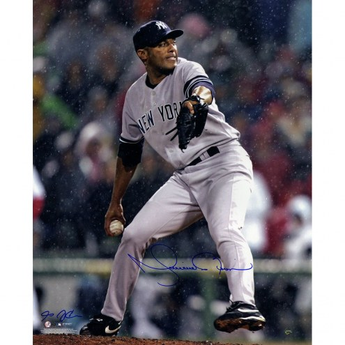 New York Yankees Mariano Rivera Signed Grey Jersey Pitching Vertical 16 x 20 Photo (Signed By Anthony Causi)