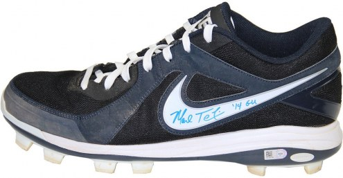 New York Yankees Mark Teixeira Signed 2014 Game Used Navy Blue and White Rubber Cleat