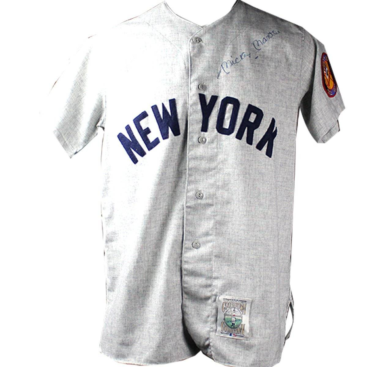 lowest price df8bb b104d New York Yankees Mickey Mantle Signed 1952 Mitchell & Ness Road Jersey