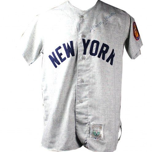 New York Yankees Mickey Mantle Signed 1952 Mitchell & Ness Road Jersey