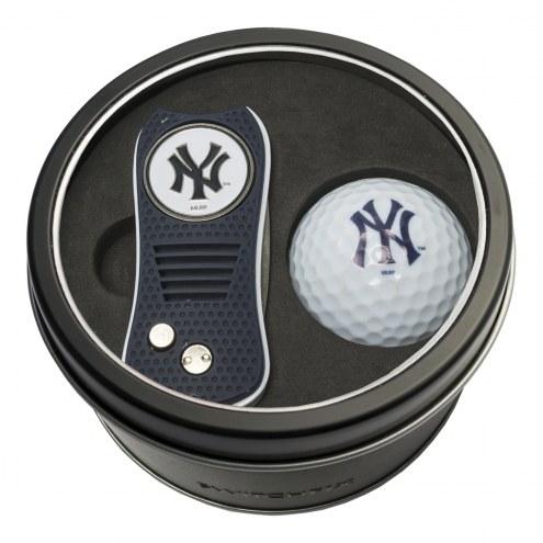 New York Yankees Switchfix Golf Divot Tool & Ball