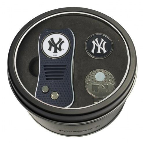 New York Yankees Switchfix Golf Divot Tool, Hat Clip, & Ball Marker