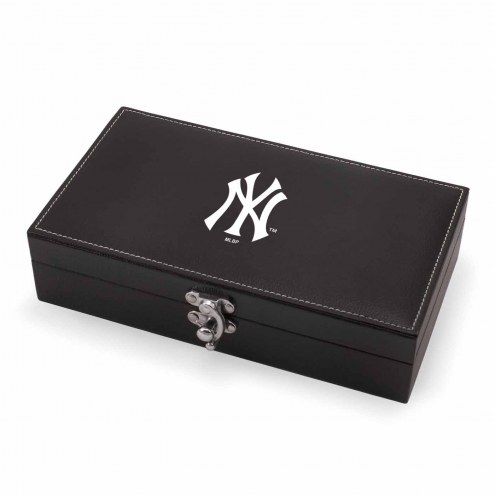 New York Yankees Syrah Wine Gift Set