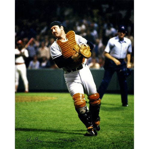 New York Yankees Thurman Munson Vertical 16 x 20 Photo Signed By Ken Regan w/ The Captain