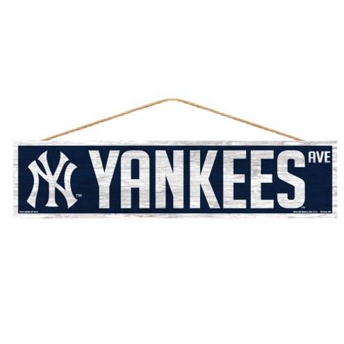 New York Yankees Wood Avenue Sign