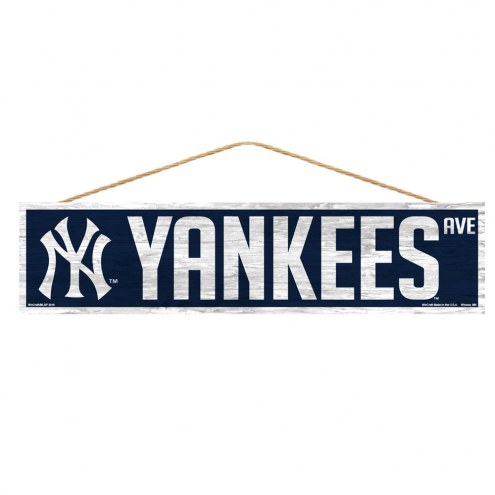 New York Yankees Wood Avenue Sign