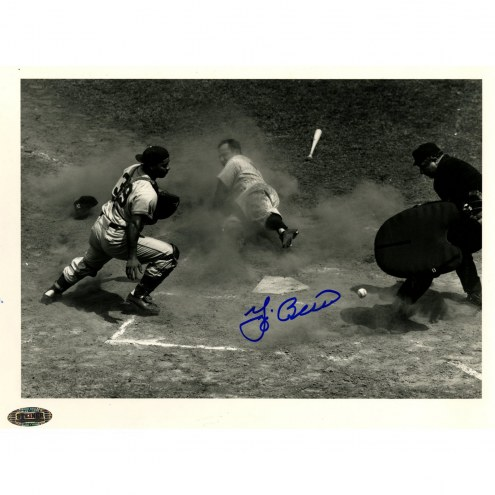 New York Yankees Yogi Berra Signed 8 x 10 B/W Photo (Scoring in 1951 All Star Game/Roy Campanella 7/11/51)
