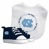 North Carolina Tar Heels Infant Bib & Shoes Gift Set