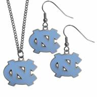 North Carolina Tar Heels Dangle Earrings & Chain Necklace Set