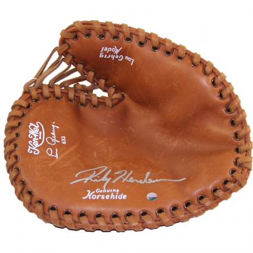Oakland Athletics Rickey Henderson Signed Lou Gehrig Replica Game Model Glove