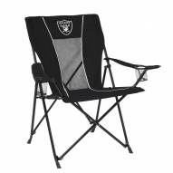 Attirant Oakland Raiders Game Time Tailgate Chair