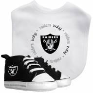 Las Vegas Raiders Infant Bib & Shoes Gift Set