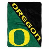 Oregon Ducks Halftone Raschel Blanket