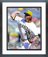 Pittsburgh Pirates Jason Grilli 2014 Action Framed Photo