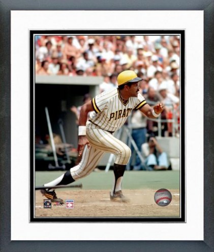 Pittsburgh Pirates Willie Stargell Running Framed Photo