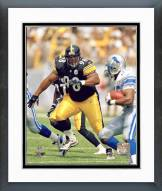 Pittsburgh Steelers Casey Hampton 2001 Action Framed Photo