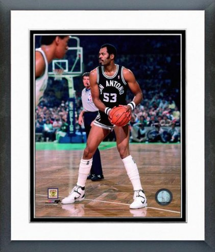 San Antonio Spurs Artis Gilmore Action Framed Photo