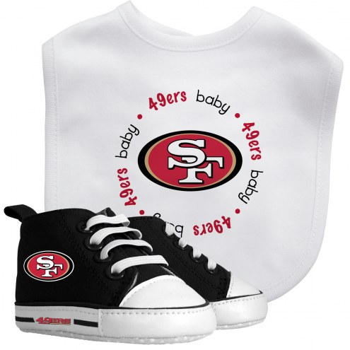 San Francisco 49ers Infant Bib & Shoes Gift Set
