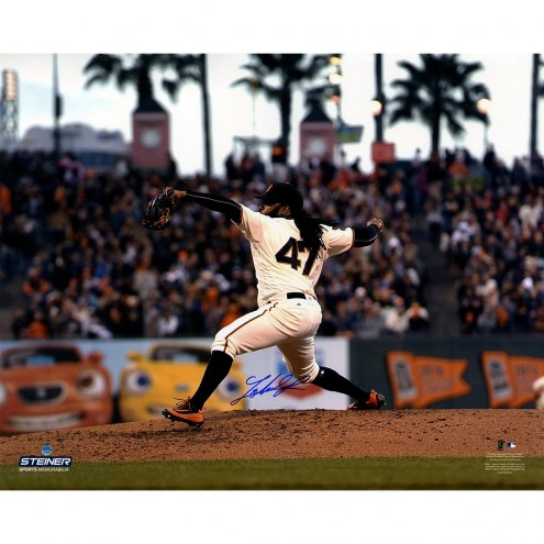 San Francisco Giants Johnny Cueto Signed Home Pitching 16 x 20 Photo