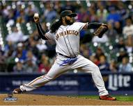 San Francisco Giants Johnny Cueto Signed Pitching 8 x 10 Photo