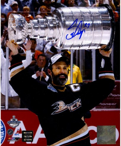 Scott Niedermayer Signed 2007 Stanley Cup 8 x 10 Photo