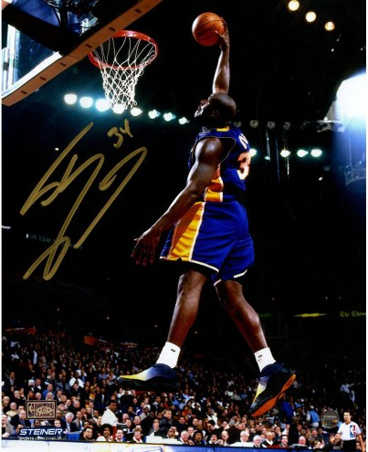 Shaquille O'Neal Signed L.A. Lakers Purple Jersey Dunk 8 x 10 Photo (Signed in Gold)