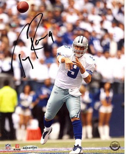 Tony Romo Home Passing vs Giants 8 x 10 Photo