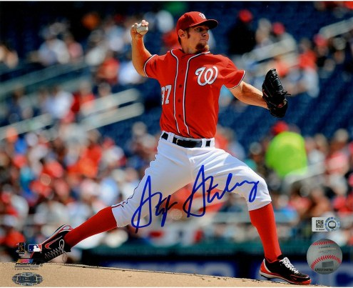 Washington Nationals Stephen Strasburg Signed Horizontal Pitching 8 x 10 Photo