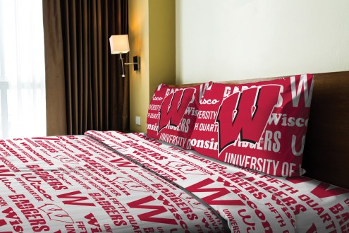 Wisconsin Badgers Anthem Full Bed Sheets