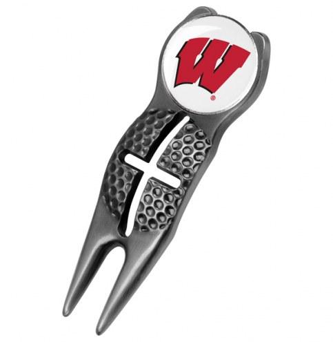Wisconsin Badgers Black Crosshairs Divot Tool