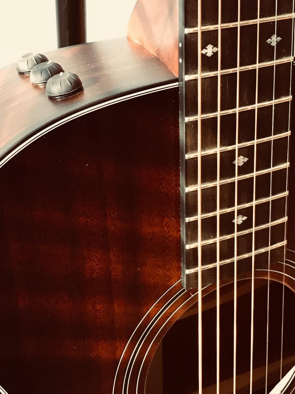 martin mec clapton 39 s choice phos bronze acoustic guitar strings. Black Bedroom Furniture Sets. Home Design Ideas